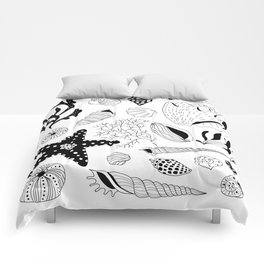 Tropical underwater creatures and seaweeds Comforters