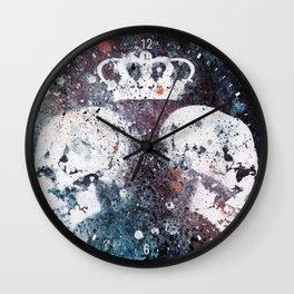 Black Queendom (spray paint graffiti art, crown with skulls) Wall Clock