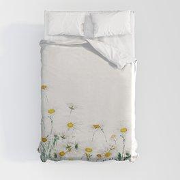 white margaret daisy horizontal watercolor painting Duvet Cover