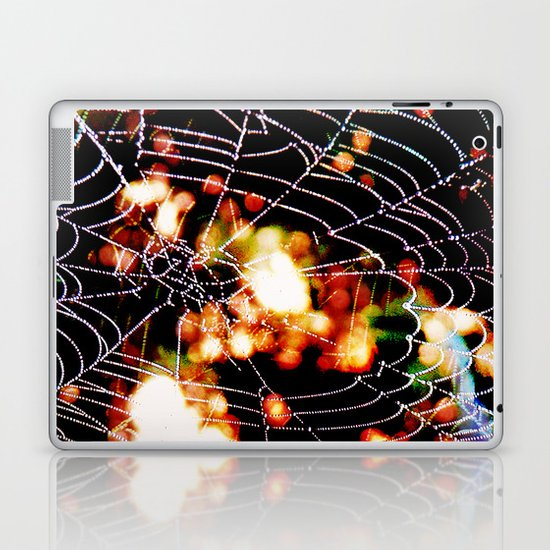 spider love Laptop & iPad Skin