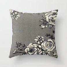 ROSE DOTS CREME Throw Pillow