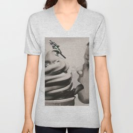 Ski ice cream Unisex V-Neck