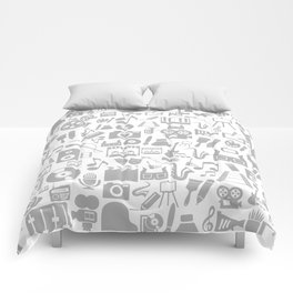Art a background Comforters