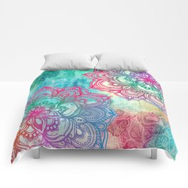 Round & Round the Rainbow Comforters