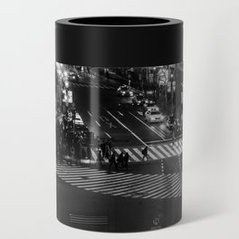 Shibuyacrossing at night - monochrome Can Cooler