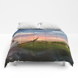 Lost In Paradise Comforters