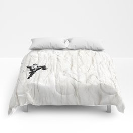 Climbing a Wrinkle Comforters