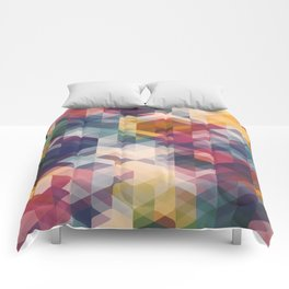 Cuben Curved #8 Comforters