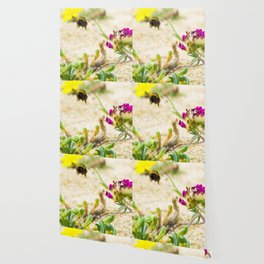 the flight of bumble bee on the bunes Wallpaper