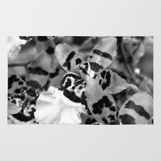 Leopard Orchid black and white Rug