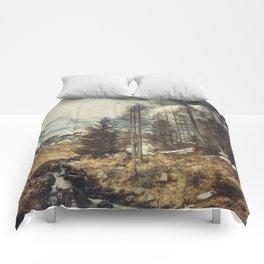 Mountain spring Comforters