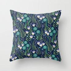 Love-in-idelness - violet Throw Pillow