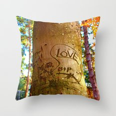 South park love Throw Pillow