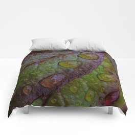 DROPS ON LEAVES Comforters