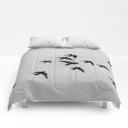 birds flying away Comforters