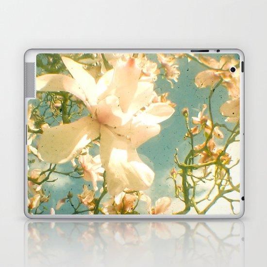 Magnolia Laptop & iPad Skin