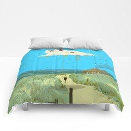DREAMING IN FOOTHILLS Comforters