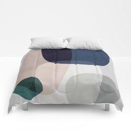 Graphic 190 Comforters