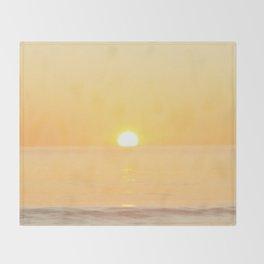 Peachy sunrise seascape Throw Blanket