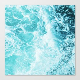 Perfect Sea Waves Canvas Print