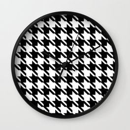 PreppyPatterns™ - Cosmopolitan Houndstooth - black and white Wall Clock
