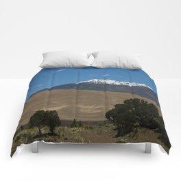 Great Sand Dunes and Mount Herard Comforters