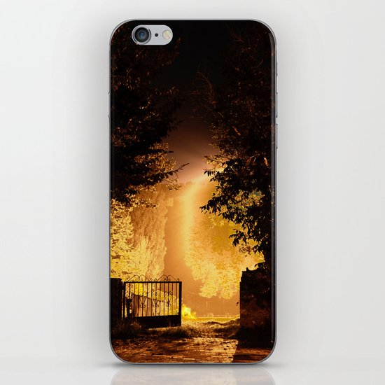 Bodhi tree iPhone & iPod Skin