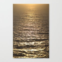 Sun ray on the sea Canvas Print