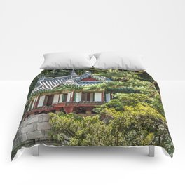 Buyongi Pond, Secret Garden, Changdeokgung Palace, Seoul Comforters