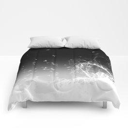 INTOTHE DARKNESS REVERSE Comforters