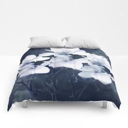 Magnolia 3 Comforters