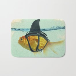 Brilliant DISGUISE - Goldfish with a Shark Fin Bath Mat