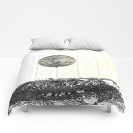 Out of this World (Version 2) Comforters