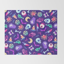 Horroriffic! Throw Blanket