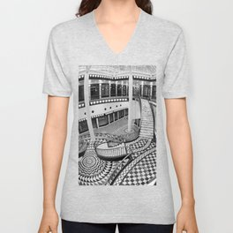 Quartier 206 in Berlin Unisex V-Neck