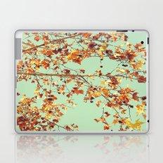 En los árboles Laptop & iPad Skin