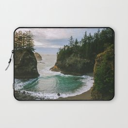 Hidden Cove on the Oregon Coast Laptop Sleeve