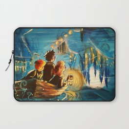 Magic at First Sight Laptop Sleeve