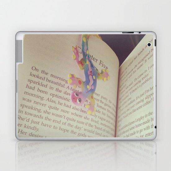 Book Laptop & iPad Skin