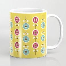 Scandinavian inspired flower pattern - yellow background Mug