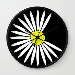 Romantic Daisy design Wall Clock