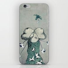 Origami's passion -  a collaboration between Christelle Guilhen and Gwenola de Muralt iPhone & iPod Skin