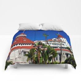 Hotel Del Coronado Facade Comforters