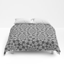 Star Vortex - Color: Black&White Comforters