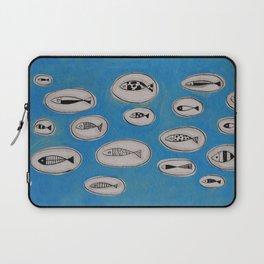 Sea of bubbles with fish / Mar de bombolles amb peixos Laptop Sleeve