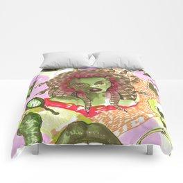 medusa horror pattern Comforters