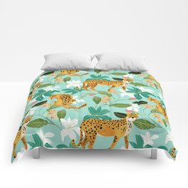 Cheetah Jungle #illustration #pattern Comforters