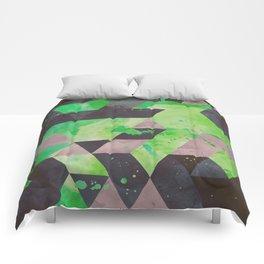 toxic hips Comforters