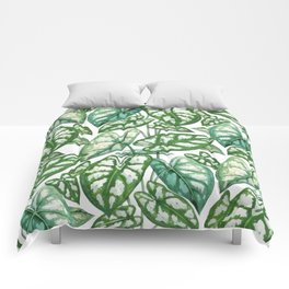 Green tropical leaves IV Comforters