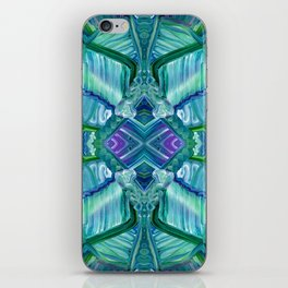 Aliens Are Real iPhone Skin